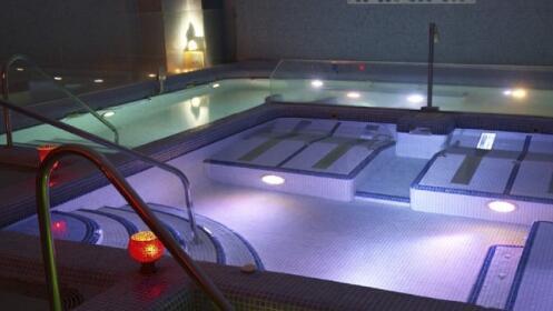 Circuito spa y baño de chocolate para dos personas ¡El relax del agua!