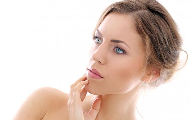 Tratamiento de carboxiterapia para las ojeras. Aclara tus ojeras.