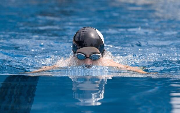 Curso de natación. 2 semanas de clase con 2 días por semana