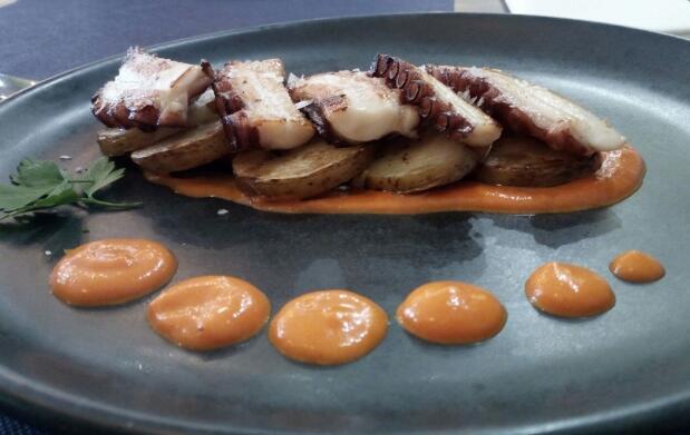 Excelente menú para 2 de marisco y pescado. Opción tradicional o innovador