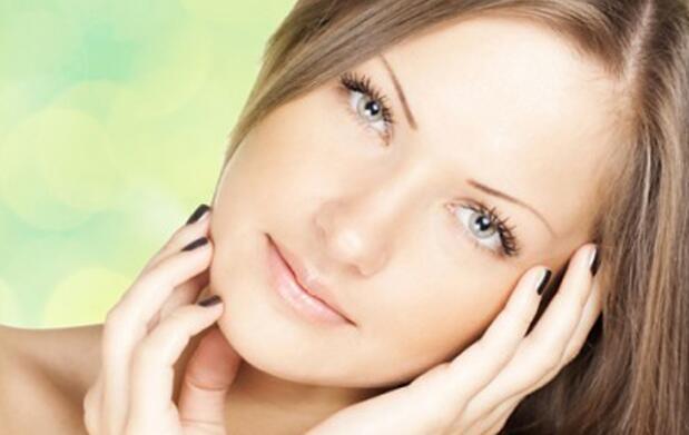 Limpieza facial y peeling corporal
