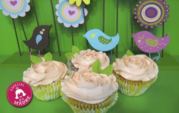 4 cupcakes en caja de regalo