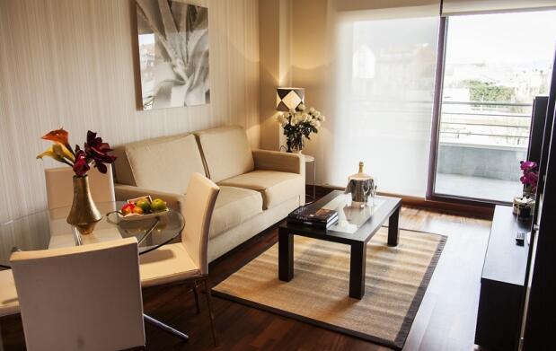 Estancia de lujo y spa en Apartamentos Class&Confort. Para 4 o 6 personas. Incluye Semana Santa. Portonovo (Sanxenxo)