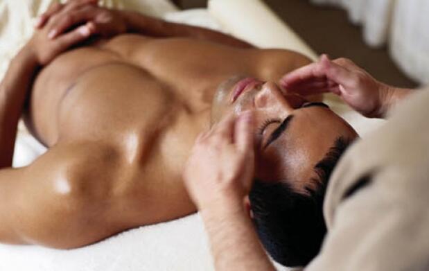 Masaje e hidratación corporal 7 chakras