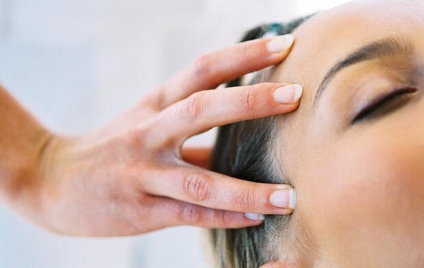 Completa sesión peluquería e hidratación