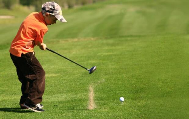 Iniciación al golf + bebida y tapa