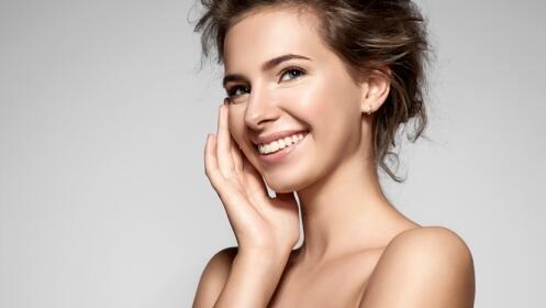 Tratamiento de Limpieza facial con Peeling Enzimático, Radiofrecuencia, Mascarilla y Masaje