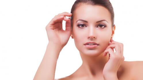 Higiene facial con hidratación intensa