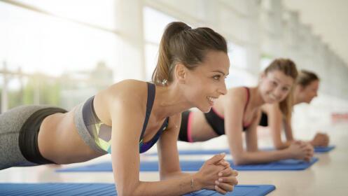 1 mes de Clases de Yoga o Pilates. 1 o 2 horas semanales