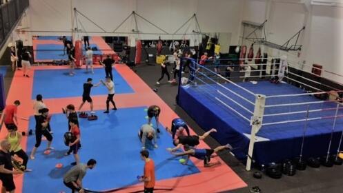 Bono mensual Actividades Fitness: Total Combat, Kickboxing, Taekwondo ocio, Mobility, Boxeo