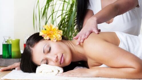 Masaje corporal Thai, Shiatshu o Hawaiano. Opción masaje facial Kobido
