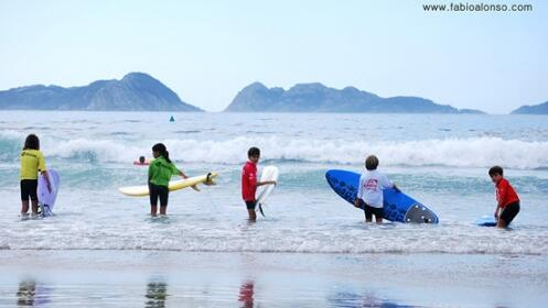 Cursos de Surf de 2h.Nigrán, Grove, Arteixo y Oleiros.