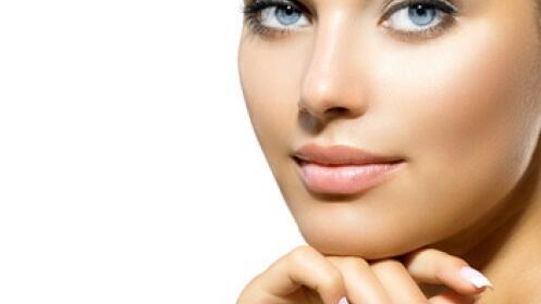 Limpieza con ultrasonidos, peeling, ampolla y masaje facial