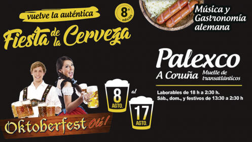 Jarra de 1 litro de cerveza alemana y plato de salchicha tradicional, puré de patatas y chucrut