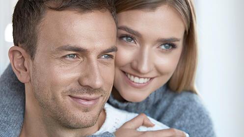 Tratamiento facial rejuvenecedor unisex con radiofrecuencia Indiba o trat. antioxidante