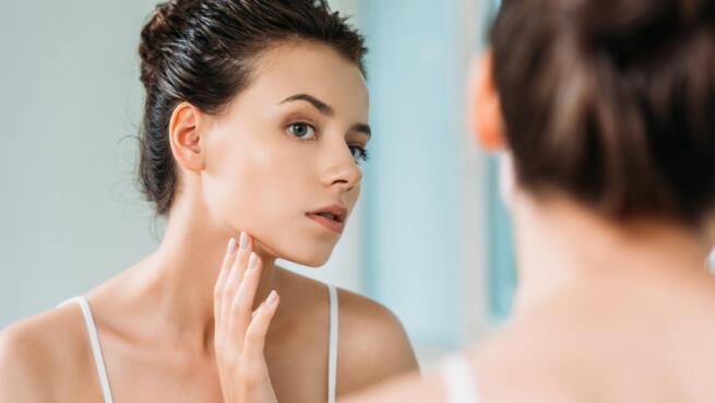 Limpieza facial con espátula con opción rejuvenecimiento facial