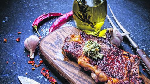 Fantástico menú Buffet con Entrecot de Ternera o Bacalao a la Plancha