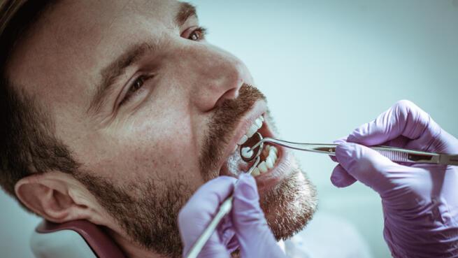 Limpieza bucal con ultrasonidos