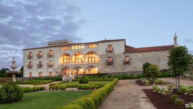 Escapada 4* de lujo en la Ribeira Sacra: Alojamiento, desayuno...