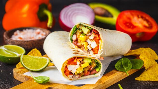 Excelente menú mexicano artesanal: Nachos, quesadillas, burritos, enchiladas...