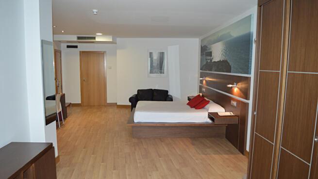 Estancia para 2 Hotel Sercotel Odeón con alojamiento, desayuno y cena