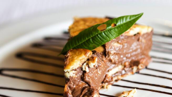 Menú para 2: Arroz con buey de mar, zamburiñas y gambas; ensalada de mango y tarta de la abuela
