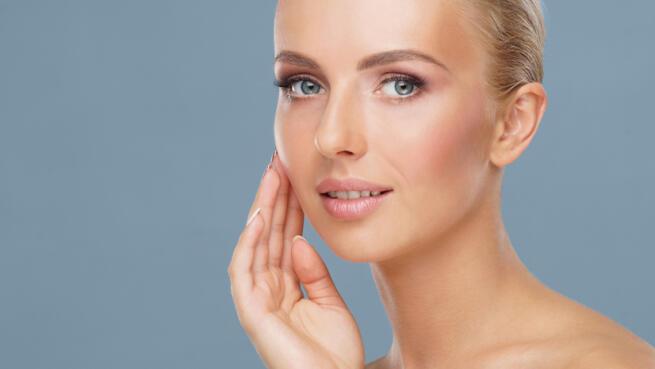 Limpieza facial con opción Fotorrejuvenecimiento con IPL