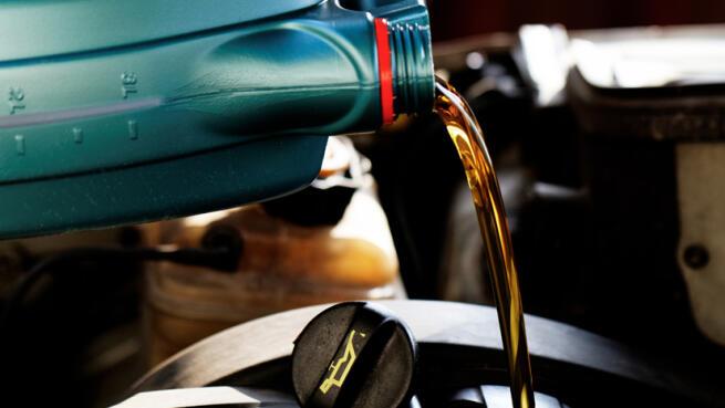 Cambio de aceite, filtro aceite y revisión pre-ITV